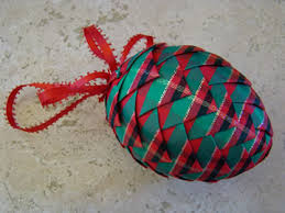 use ribbon to make pretty pinecone ornaments matt and shari