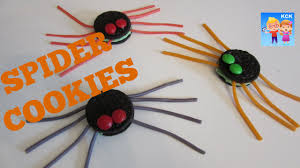 easy halloween treats oreo spider cookies easy recipes youtube