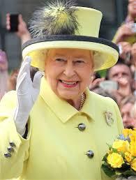Queen Elizabeth Donald Trump Queen Elizabeth Ii Is Not Retiring Despite Fake Story About