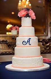 ivory wedding cake 4