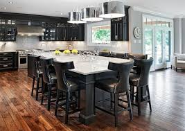 large kitchen island with seating fpudining