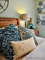 coastal cottage guest room