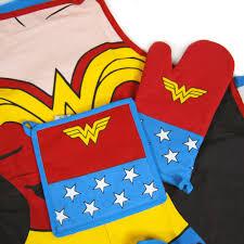 Wonder Woman Accessories Dc Comics Wonder Woman Kitchen Set