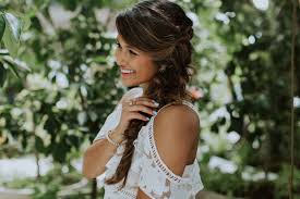 5 hairstyles for thick wavy hair you u0027ll love