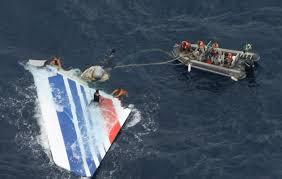 bureau enqu e avion crash du l avion se serait détruit à la surface de l eau