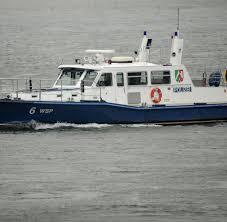 Baden Im Rhein Köln Kind Stirbt Am Rhein Helfer Im Wasser Verschwunden Welt