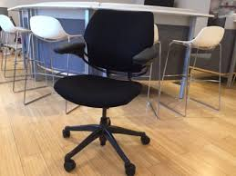 Refurbished Chairs Refurbished Humanscale Freedom Chairs Pivot Arms Office