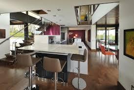 cuisine ouverte avec bar sur salon cuisine avec bar ouvert sur salon lot central pour cuisine ouverte