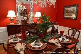 table setting tablescape with plaid plates and a