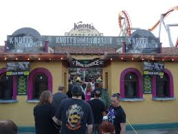 review knott u0027s scary farm remains the ideal southern california