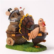 pilgrim mice with turkey charming tails thanksgiving figurine