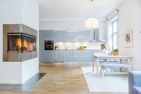 cuisine blanche et bleue design interieur peinture cuisine blanche armoires bleu pastel