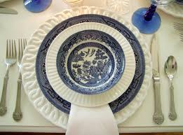 churchill thanksgiving dinnerware tablescaping with blue willow