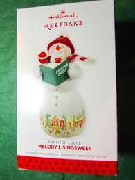 2008 hallmark ornament louie d lightly snowtop lodge 4 in series
