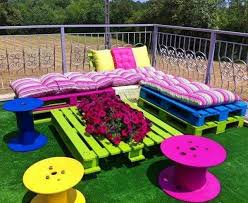 Outdoor Furniture Made From Pallets by Garden Furniture Made From Cable Drums And Wood Pallets Actually