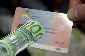 rinnovo permesso di soggiorno per motivi familiari carta di soggiorno quanto bisogna guadagnare per averla nel 2017