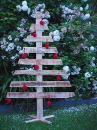 16 best simple outdoor christmas decor images on pinterest