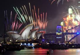 new year s celebrations live world new year s celebrations 2017 live