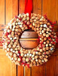 50 great ideas for diy wine cork craft projects snappy pixels