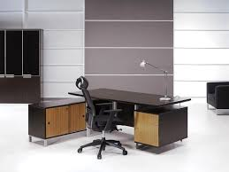 Modern Home Desk by Nice Modern Desk For Home Office On The Grey Floor With Purple
