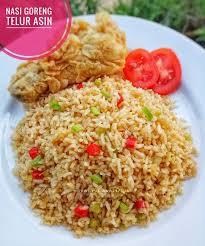 cara membuat nasi goreng untuk satu porsi nasi goreng telur asin resep dari dewi yuliana23 bahan untuk 3
