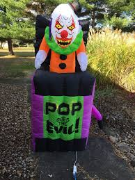 halloween animated inflatable pop goes the evil jack in the box