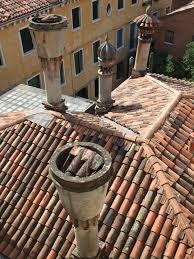 camini veneziani i camini di venezia best venice guides