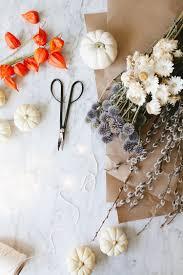 thanksgiving entertaining jojotastic diy dried flowers white pumpkin centerpiece