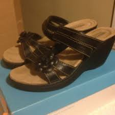 Comfort Plus Sandals 47 Off Predictions Shoes Comfort Plus Black Wedge Sandals From