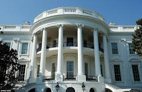 Oval Office White House New Photos Reveal Completed White House Renovations Daily Mail