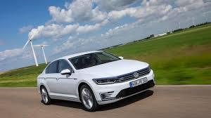 volkswagen passat tsi 2015 2015 volkswagen passat gte first drive review auto trader uk