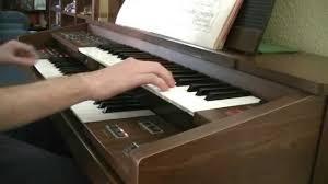 tocando un órgano yamaha fe 30 youtube