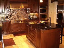 cuisine noir laqué plan de travail bois cuisine plan travail bois maison design bahbe com