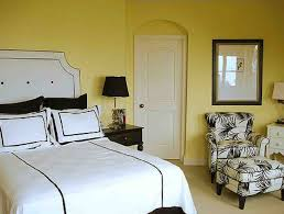 Decorating A Black And White Bedroom Black And White And Yellow Bedroom