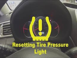 tire pressure warning light how to reset ford tire tpms warning light f150 truck in this video
