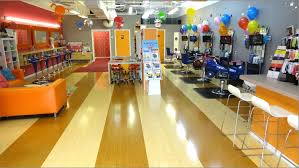 Nail Salon With Kid Chairs Giggles Kids Salon Boca Raton Welcome 561 451 1202