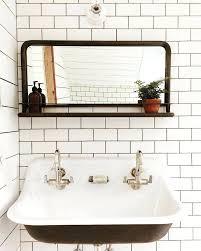 retro bathroom mirrors classic bathroom sinks best vintage bathroom mirrors ideas on