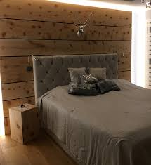 Schlafzimmer Zirbe Zirbe Im Schlafzimmer U2014 Holzkunststück De