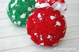 Pics Of Christmas Ornaments - 10 fun and easy way to dress up christmas ornaments diy u0026 crafts