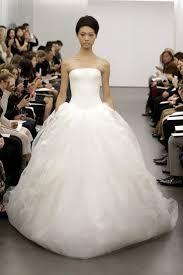 Vera Wang Wedding Return To Romance With Vera Wang Fall 2013
