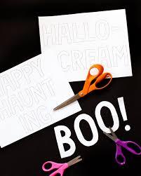 diy eyeball halloween door cover