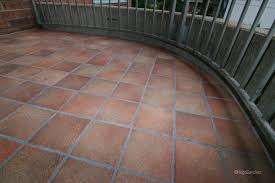 balcony in porcelain tiles traditional patio montreal by