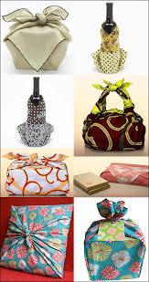 japanese wrapping method the elegant japanese art and craft of furoshiki beautiful gift