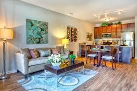 club lincoln downtown wheaton luxury apartments