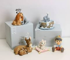 disney figurine gift magical moments aristocats on pillow