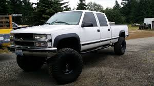 white truck bed liner ryan s white one ton build gmt400 the ultimate 88 98 gm truck