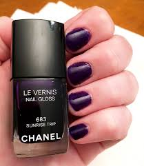 luxury on the lips nailed it chanel nail gloss in 683 sunrise trip