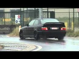 bmw e36 m3 drift bmw e36 m3 3 2 roundabout drift in