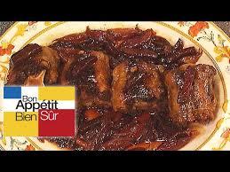 cuisiner la queue de boeuf queue de boeuf aux épices et oignons rouges recette