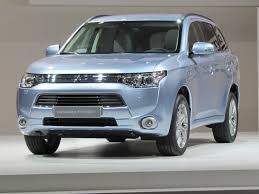 mitsubishi sports car 2018 2017 mitsubishi outlander plug in hybrid spring 2016 on sale date